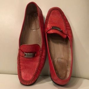 ESCADA embossed leather coral-color loafers